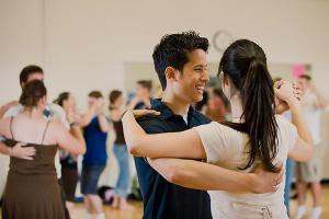 Stijldansen Zwolle | Dansschool DIFF | Voor jeugd en volwassenen